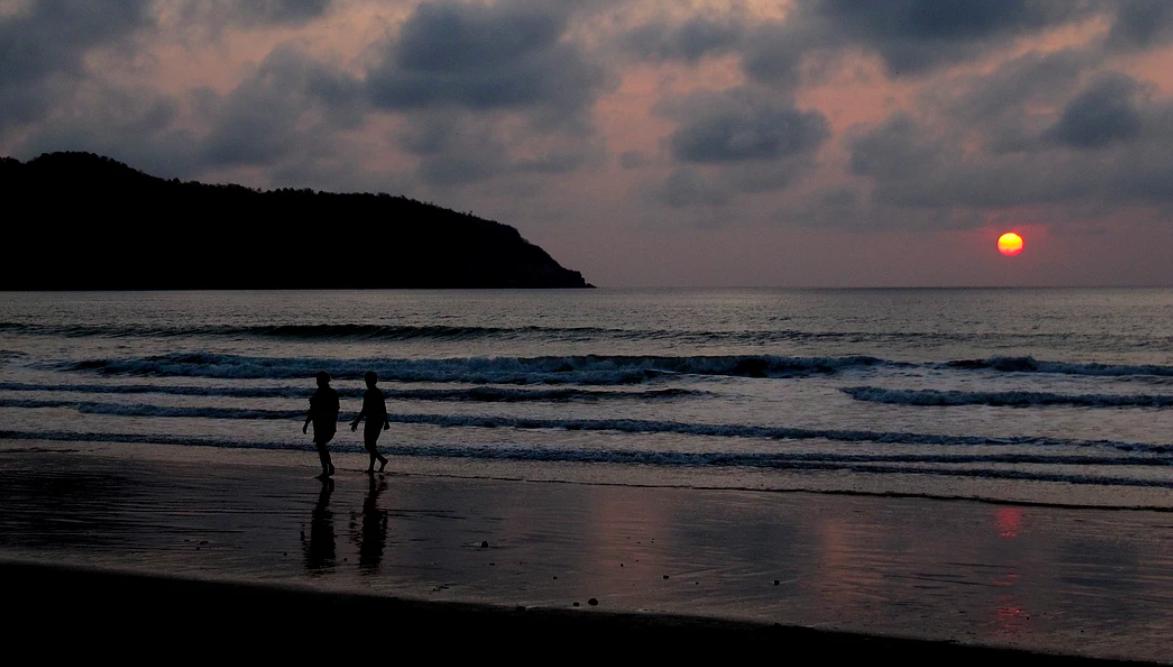 Sunset Puerto Lopez